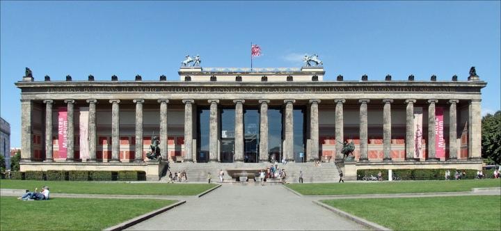 Altes Museum (Flickr: Jean-Pierre Dalbéra)