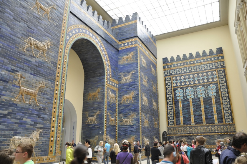 The Ishtar Gate at The Pergamon Museum (Flickr: Francisco Antunes)