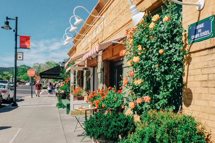 Yountville (Photo: Michelle Rae Uy)
