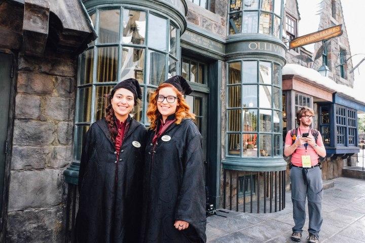 Hogwarts students (Photo: Michelle Rae Uy)