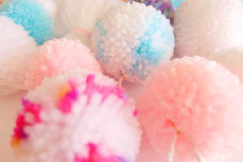 Pom pom party garland on Etsy